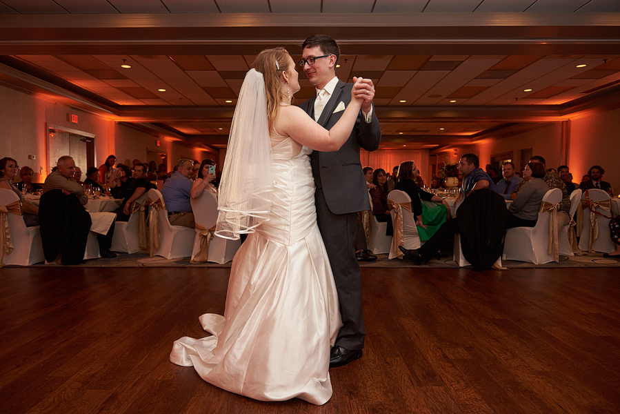eastland suites bloomington il wedding