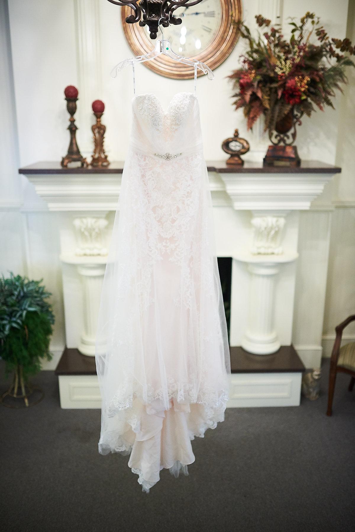 Walton Center Wedding Fairbury IL by Ernst Jacobsen